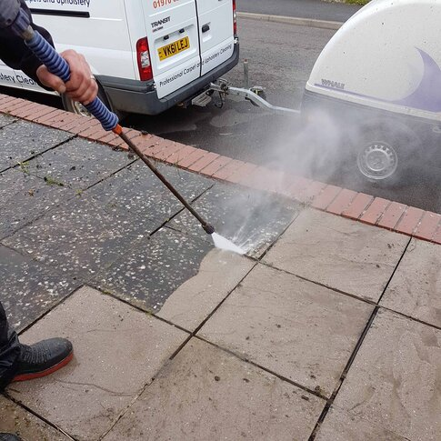 pavement pressure washing